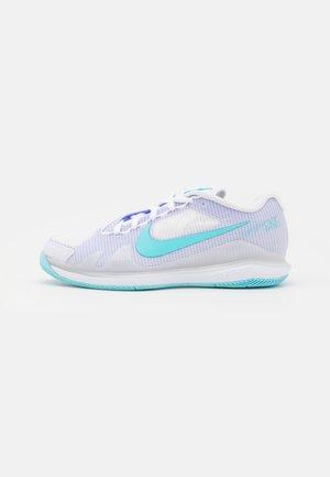 COURT AIR ZOOM VAPOR PRO - Multicourt tennis shoes - white/copa/purple pulse
