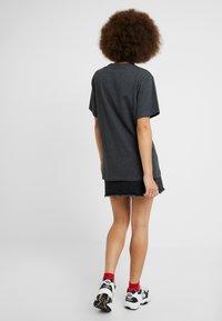 Ellesse - ALBANY - Print T-shirt - dark grey marl - 2