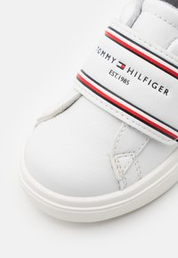 Tommy Hilfiger - Zapatillas - white/blue - 5