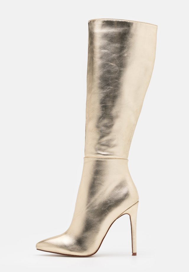 WIDE FIT LAVERNE - Botas - gold