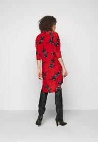 Diane von Furstenberg - LYNN DRESS - Vapaa-ajan mekko - medium red - 2