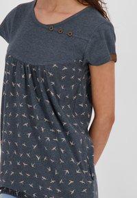 alife & kickin - SUMMERAK - Print T-shirt - marine - 4