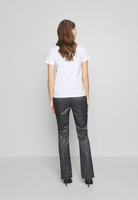 KARL LAGERFELD - SPARKLE TUXEDO PANTS - Kalhoty - black - 2