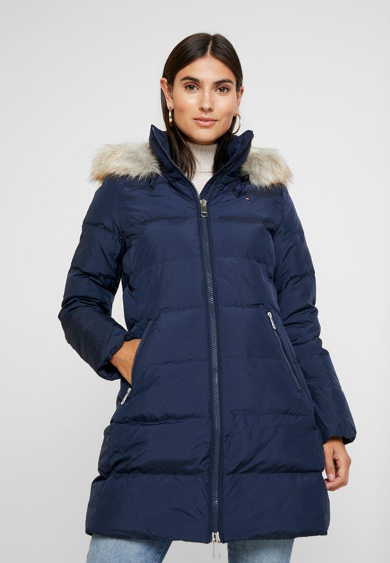 Tommy Hilfiger - NANI COAT - Kabát zprachového peří - blue