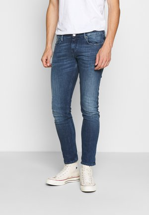 TYE DAILY ICON - Jeansy Straight Leg - blue denim