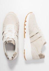 Tamaris - Sneakers laag - ivory - 3
