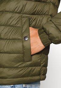 Tommy Hilfiger - Light jacket - green - 4