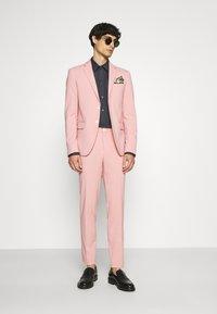 Lindbergh - PLAIN SUIT  - Puku - soft pink - 1