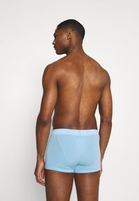 Calvin Klein Underwear - STRETCH LOW RISE TRUNK 3 PACK - Pants - blue - 1