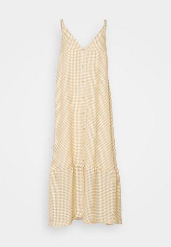 SVINTEN CHECK DRESS - Denní šaty - light camel