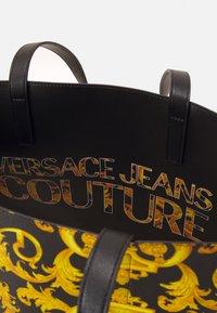 Versace Jeans Couture - DIANE REVERSIBLE - Tote bag - black - 3