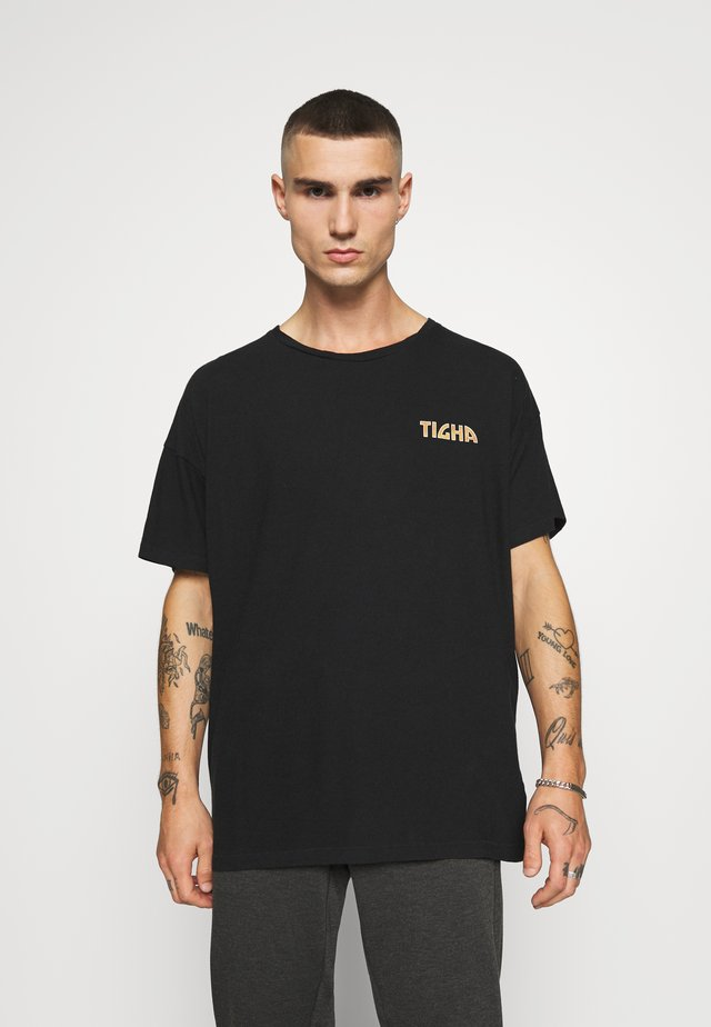 FLASHES ARNE - Print T-shirt - black