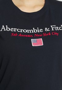 Abercrombie & Fitch - DESTINATION - Print T-shirt - navy - 5