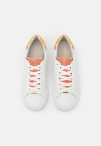 ONLY SHOES - ONLLIV - Sneakersy niskie - white - 5