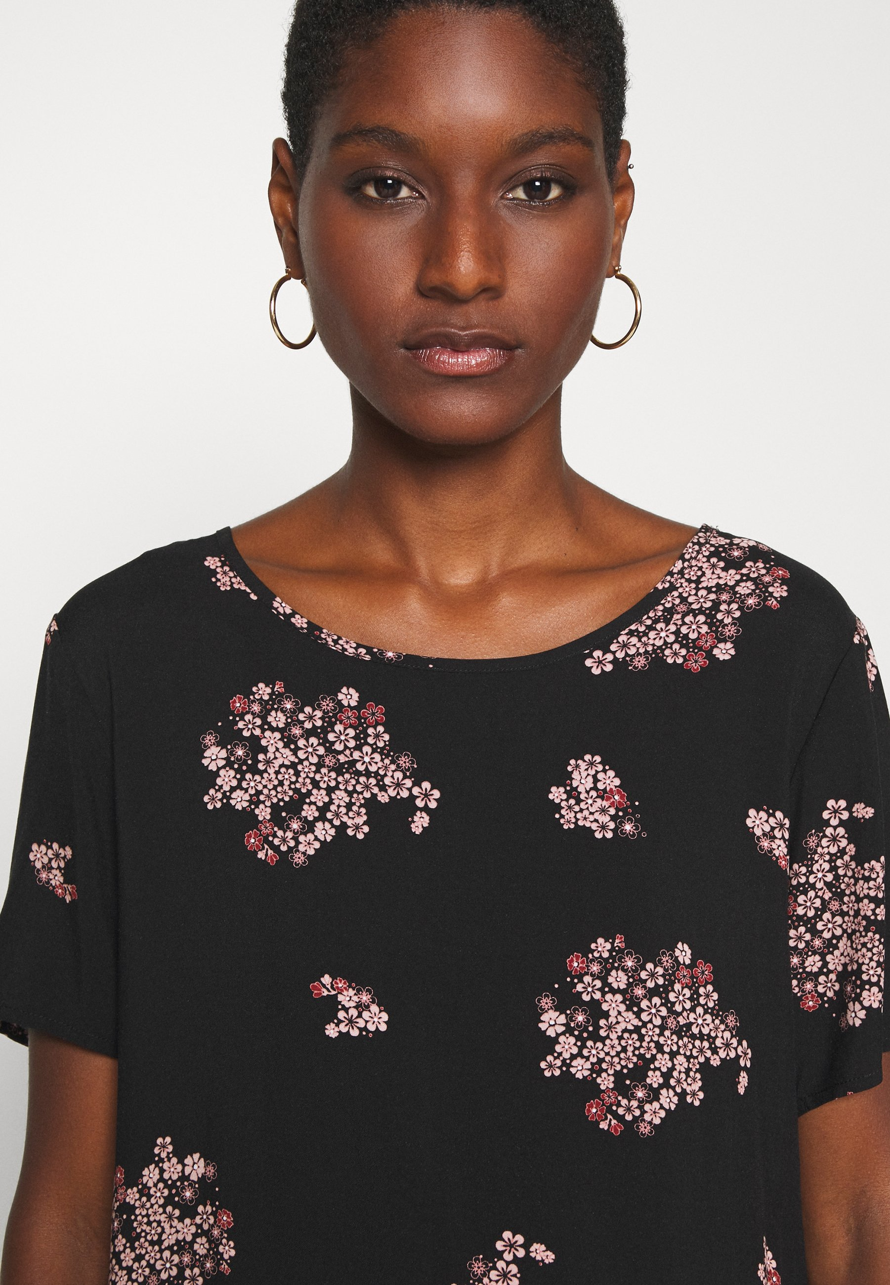 Soyaconcept Kasia - Bluser Black/flerfarget
