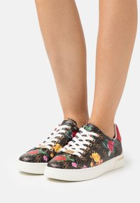 Guess - ROLLIN - Sneakers basse - multicolor - 0
