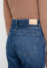 Citizens of Humanity - CHARLOTTE  - Jeans Slim Fit - hold on - 5