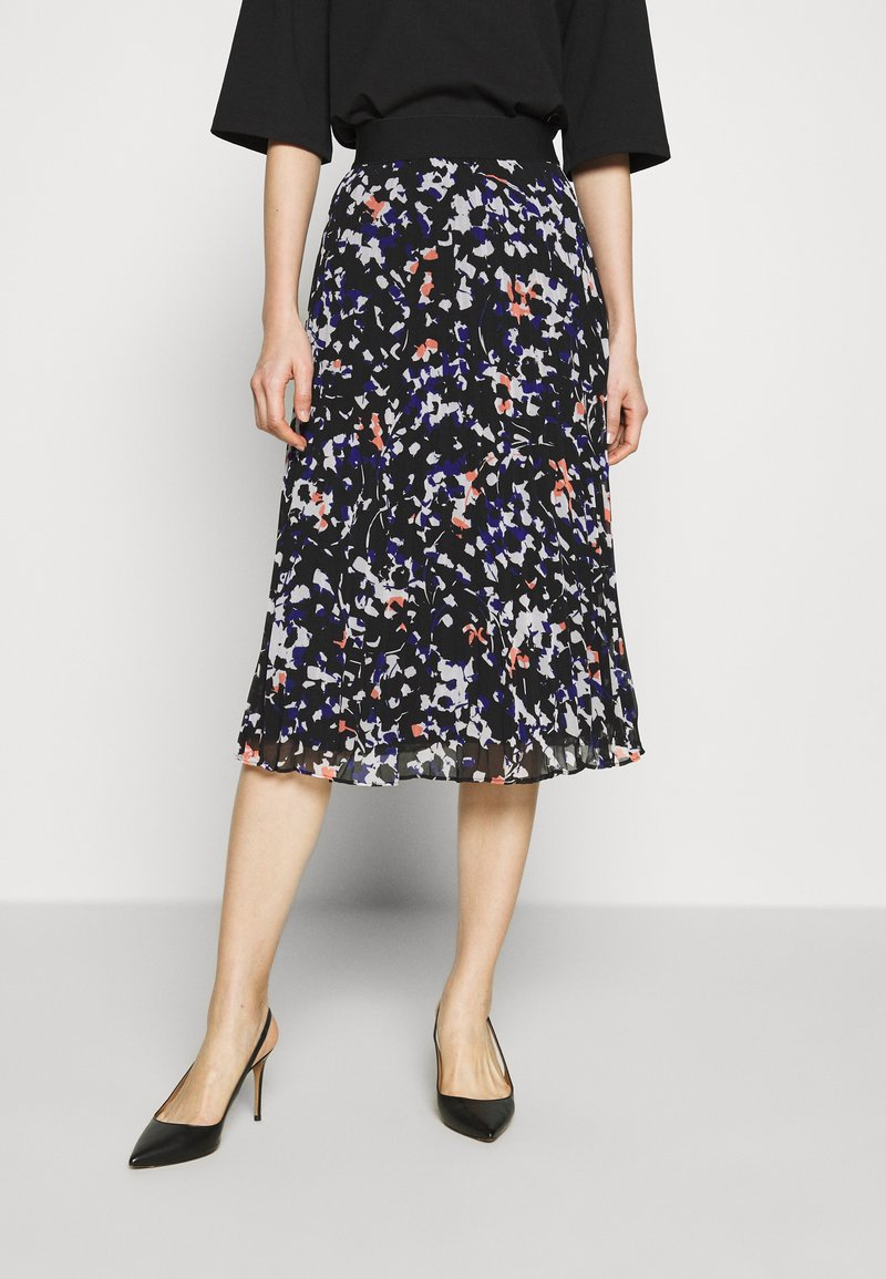 DKNY - PRINTED PLEATED SKIRT WAIST BAND - A-snit nederdel/ A-formede nederdele - black/multi