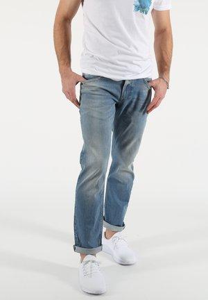 THOMAS - Straight leg jeans - blau