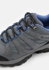 Columbia - REDMOND III - Hiking shoes - grey steel/cove - 5