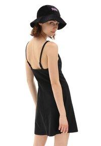 Vans - WM TOGETHER FOREVER DRESS - Jersey dress - black - 1