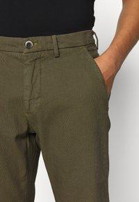 Mason's - TORINO STYLE - Pantaloni - oliv - 3