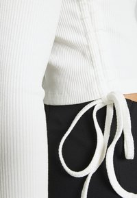 Even&Odd - Long sleeved top - off white - 5