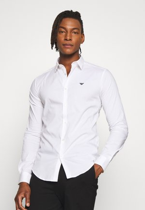 EXCLUSIVE CONTRAST LOGO - Shirt - whiite