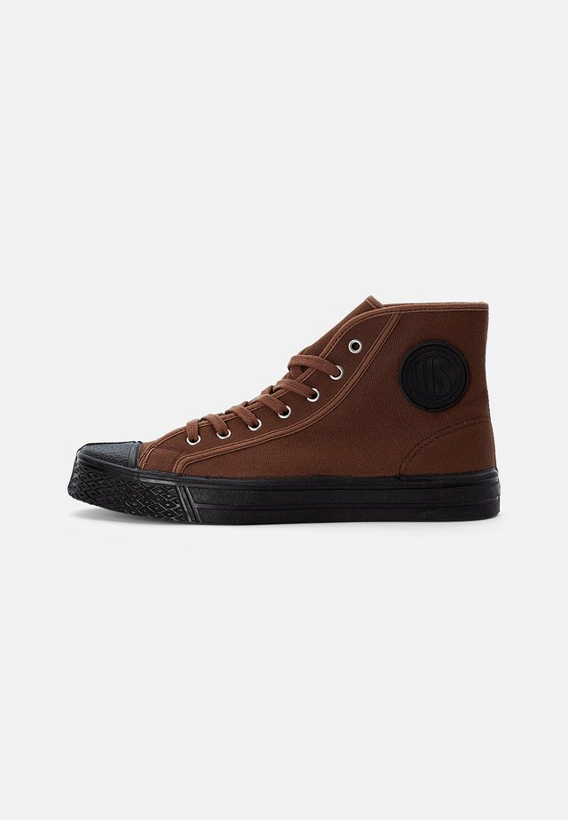 MILITARY HIGH TOP - High-top trainers - brown
