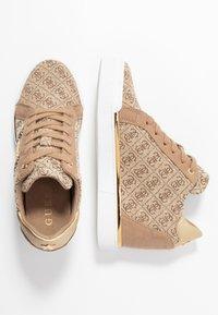 Guess - FAYNE - Sneakers - beige - 3