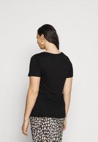 Anna Field Curvy - T-shirts - black - 2