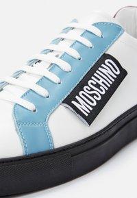 MOSCHINO - Trainers - multicolor - 4