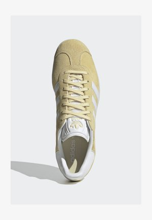 GAZELLE SHOES - Trainers - yellow
