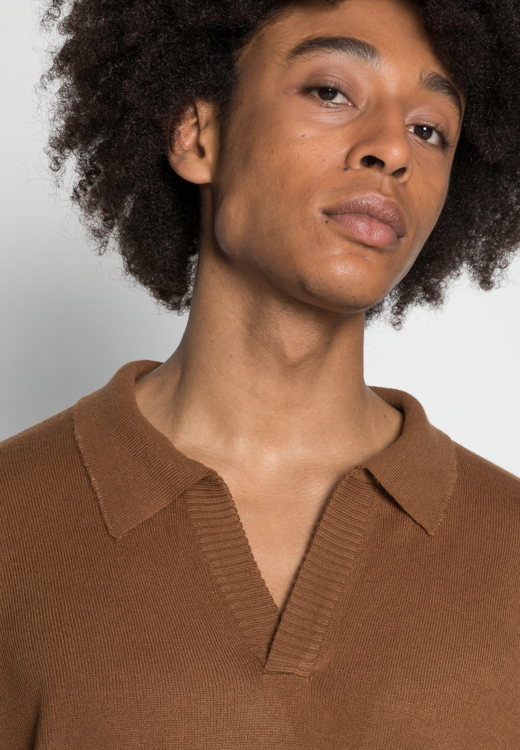 Homme NOTCH NECK - Pullover