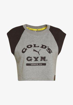 GOLDS GYM CROPPED TEE - Sports shirt - medium gray heather/puma black