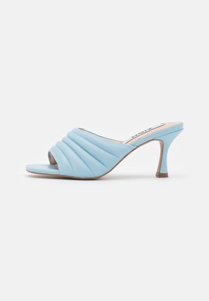 Heeled mules - blue