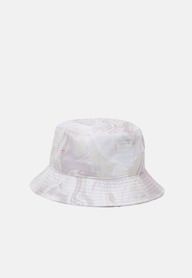 JACMARBLE BUCKET HAT - Klobouk - white