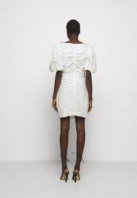 DESIGNERS REMIX - SANDRA PUFF DRESS - Fodralklänning - cream - 2