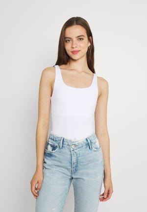 THE MODERN TANK BODY - Top - white