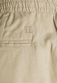 Les Deux - PINO - Shorts - dark sand - 2