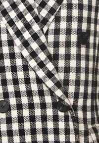 2nd Day - MACADAMIA CHECK - Krátký kabát - black - 6