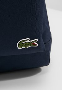 Lacoste - BACKPACK - Sac à dos - marine/peacoat - 6