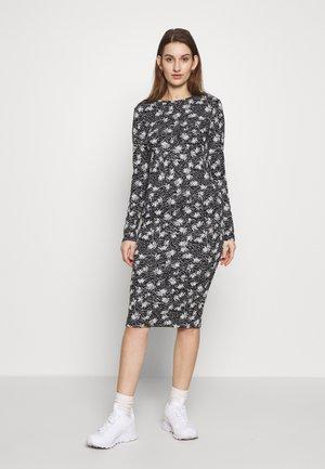 DRESS CAMMY - Shift dress - black