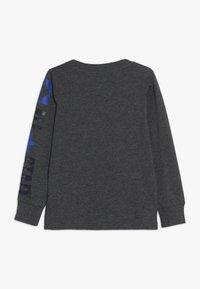 Converse - LOGO REMIX  - Bluzka z długim rękawem - charcoal grey heather - 1