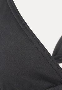 Calvin Klein Swimwear - PRIDE TRIANGLE - Horní díl bikin - black - 6