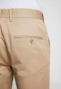 Casual Friday - PANTS PELLE - Chinos - silver mink - 3
