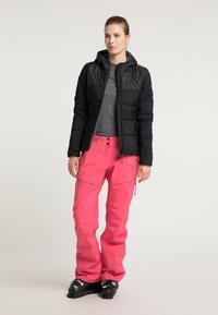 PYUA - Snowboard jacket - black - 1
