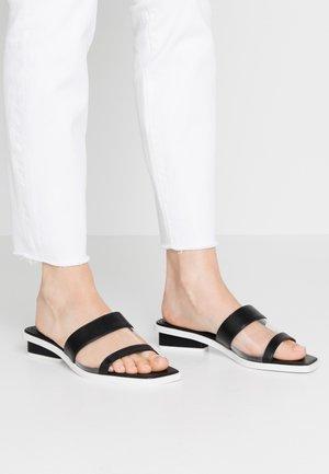 LUCY - Sandalias planas - black