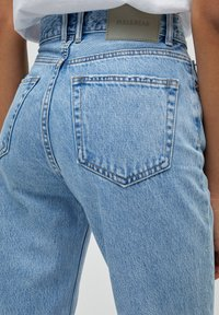 PULL&BEAR - MOM - Relaxed fit jeans - mottled light blue - 5