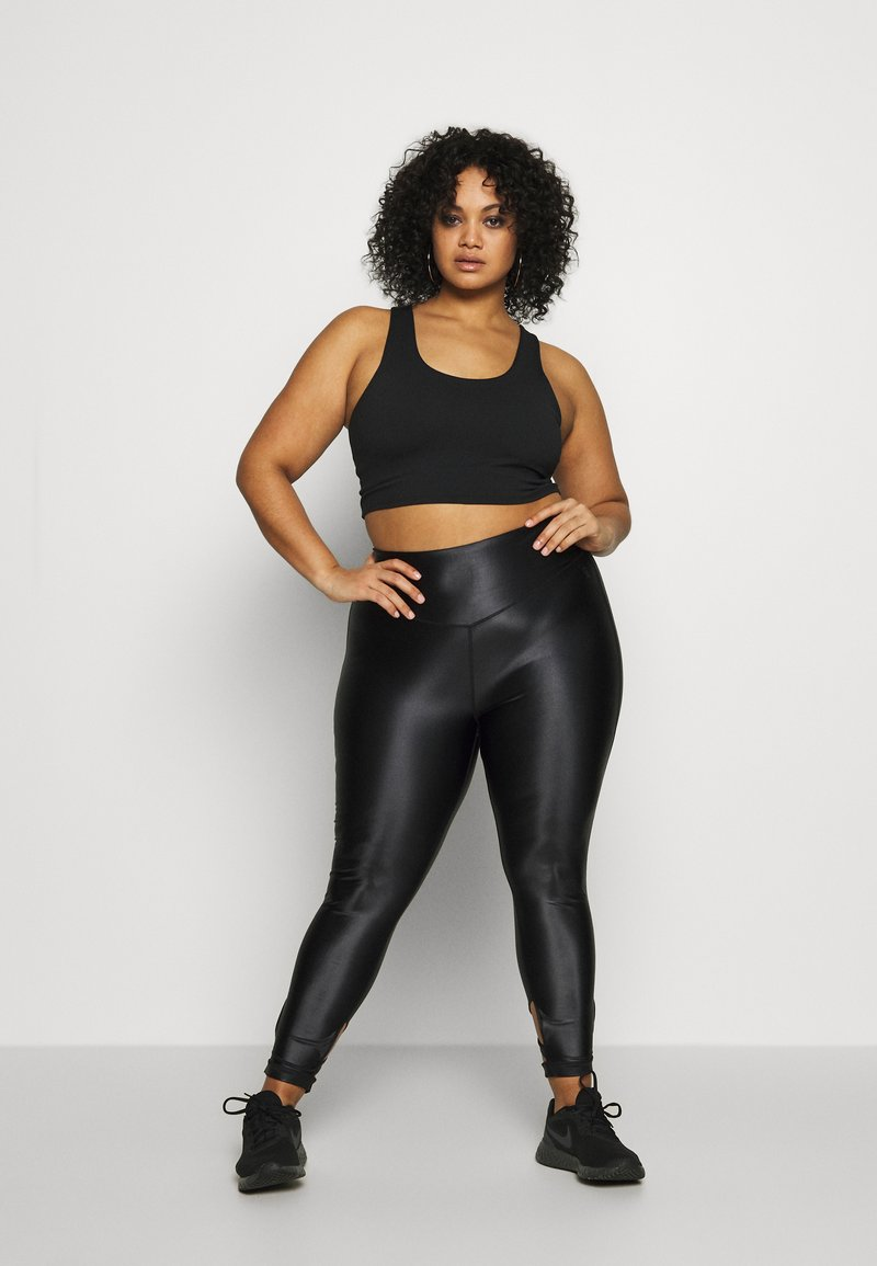 Good American - LIQUID CROSSOVER LEGGING - Leggings - black
